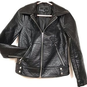 Forever 21 Black Faux Leather Moto Jacket Sz Small